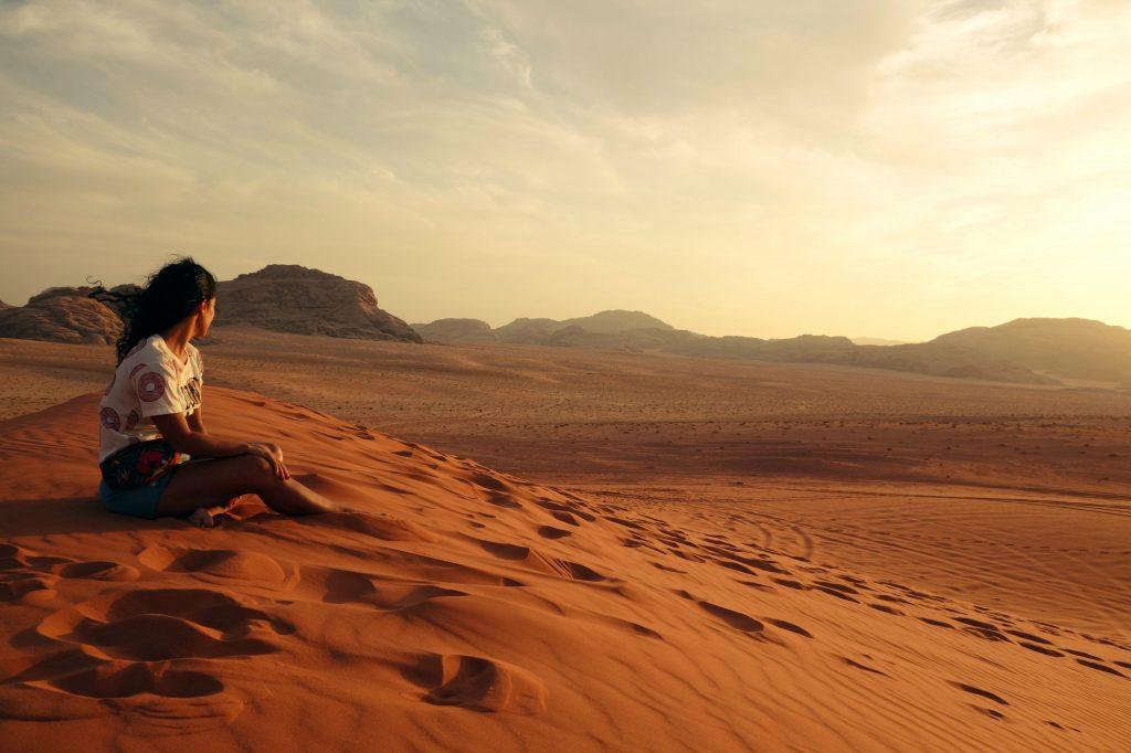 Atardecer en el desierto del Wadi Rum. Que hacer en Jordania