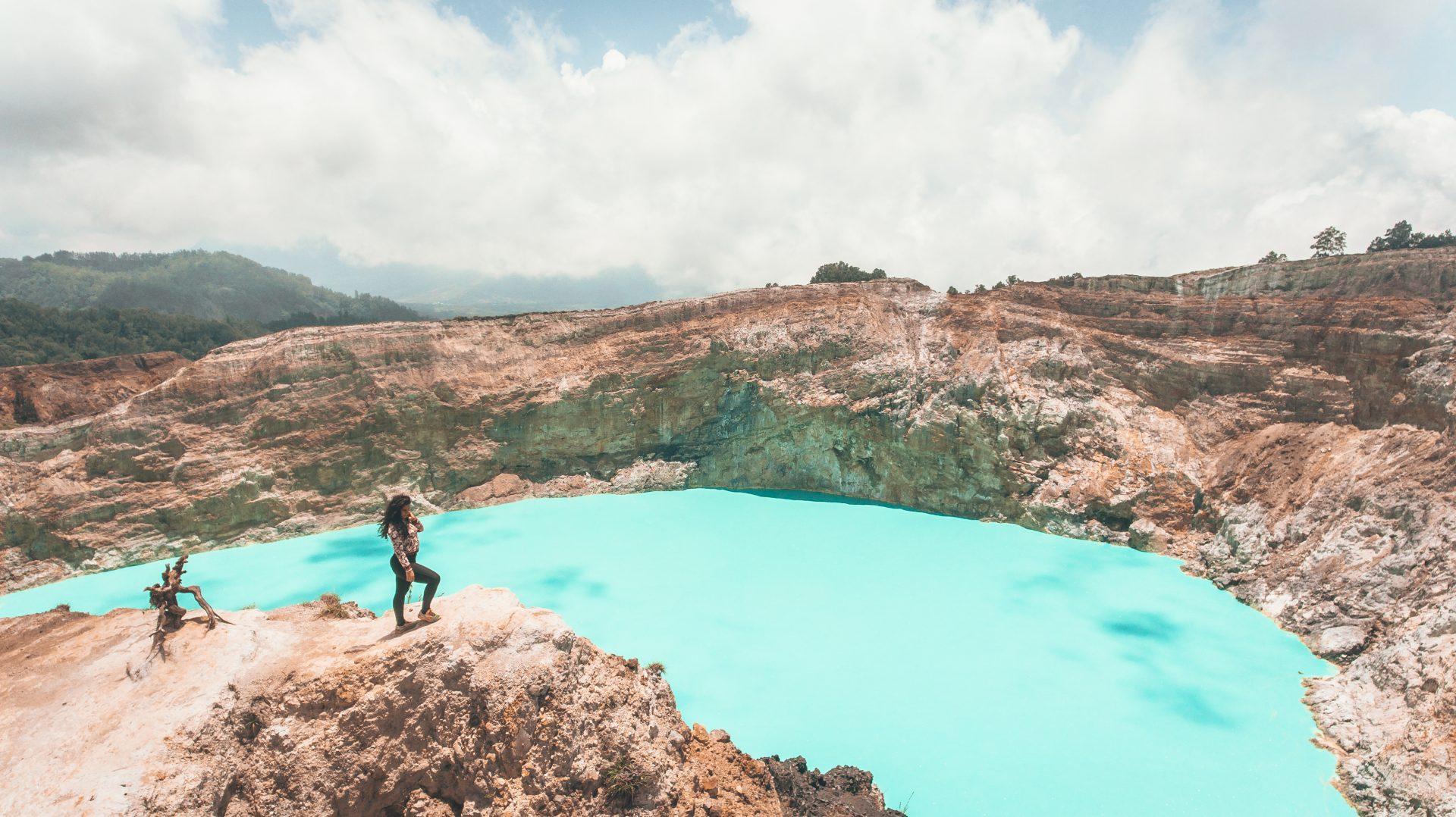 hacer el volcán Kelimutu por libre