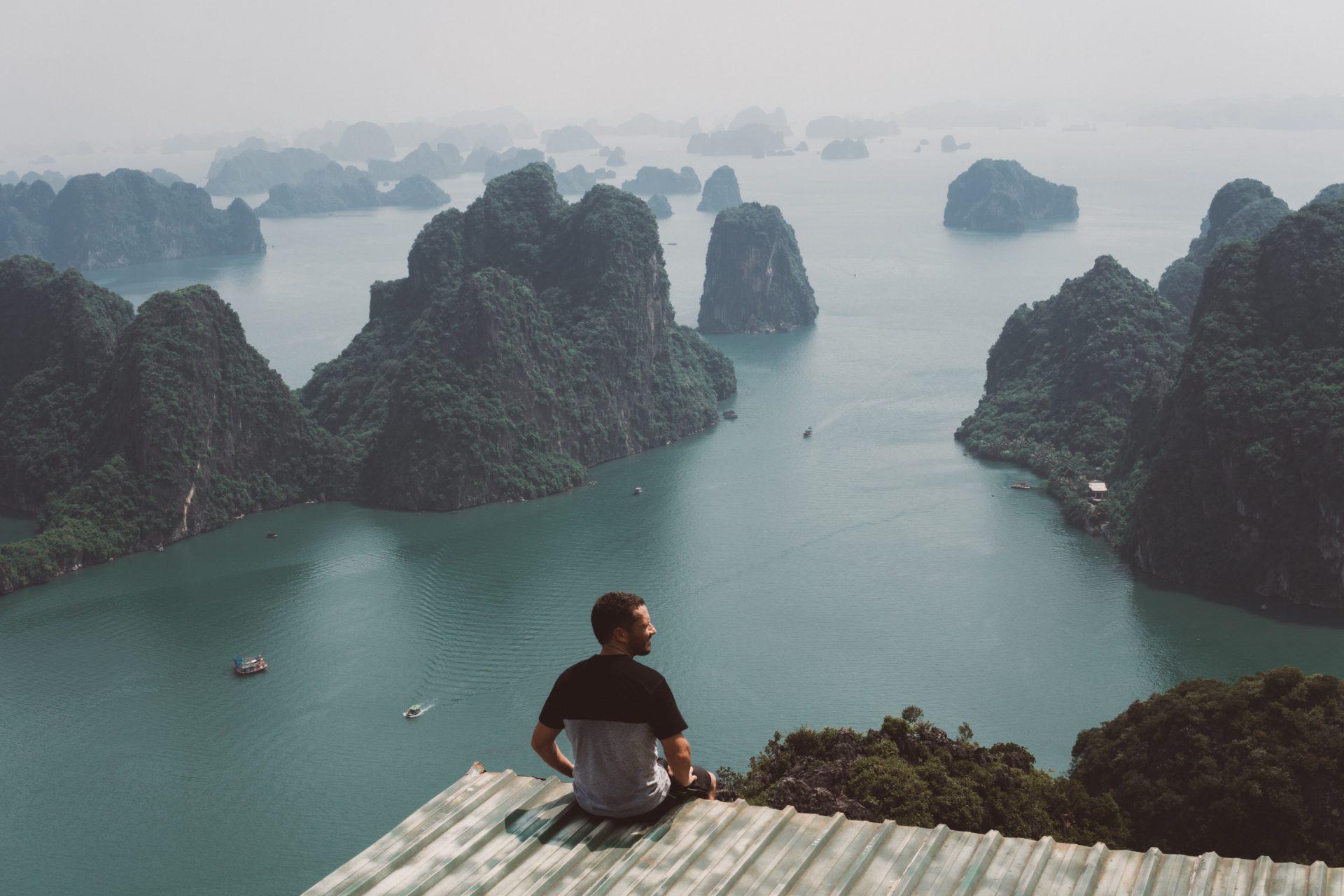 Cómo ir a Bai Tho Mountain en la Bahía de Halong » Sinohasviajado